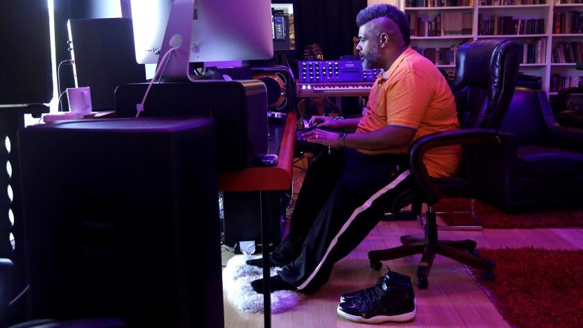 My Favorite Room | Songwriter-producer Warren 'Oak' Felder