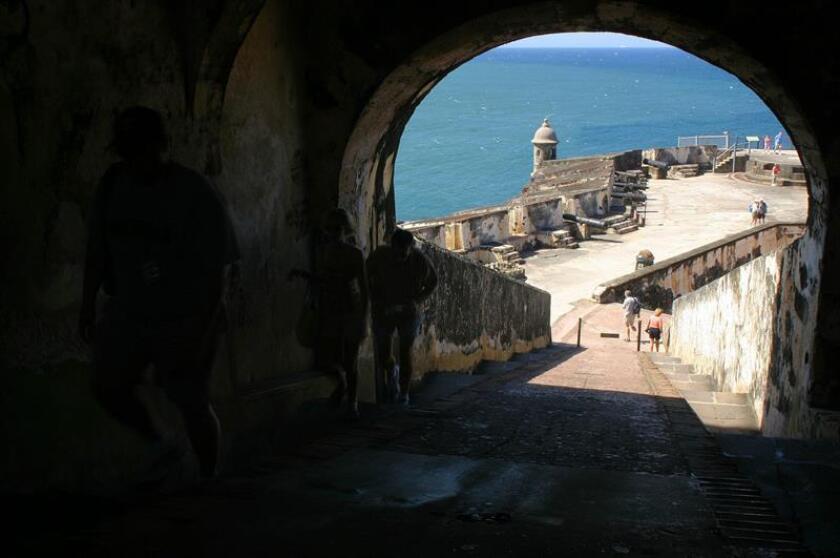 El Sitio Histórico Nacional de San Juan, que agrupa varias fortificaciones del casco colonial de la capital puertorriqueña, cerrará el 1 de enero y reabrirá el día 2 para recibir a los turistas que visitan la isla. EFE/ARCHIVO