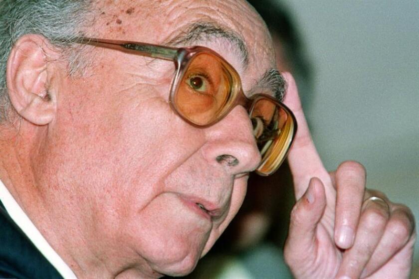 """La """"Carta Universal de los Deberes y Obligaciones de los Seres Humanos"""", un documento inspirado en un discurso pronunciado en 1998 por el nobel José Saramago (1922-2010), fue entregada hoy a Naciones Unidas con el fin de darla a conocer entre los ciudadanos de todo el mundo. EFE/ARCHIVO"""