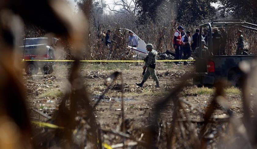 Peritos de Canadá inician investigación de accidente aéreo en México
