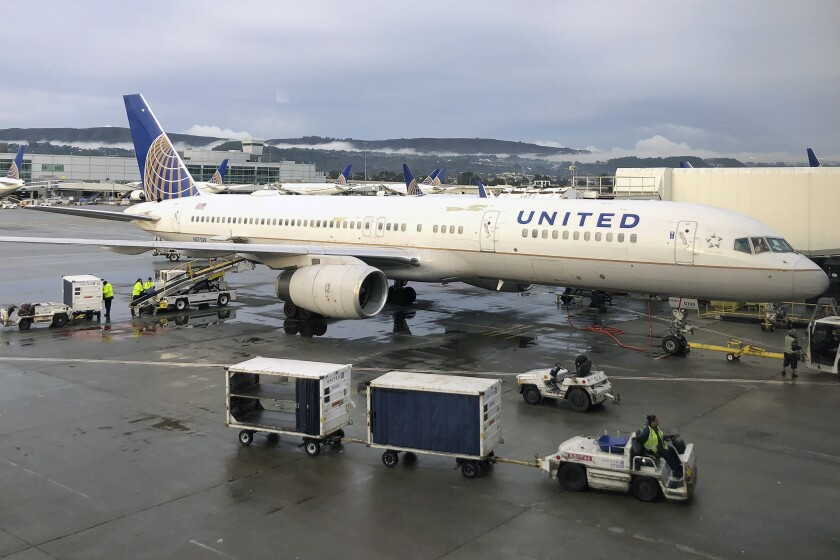 Earns United Airlines