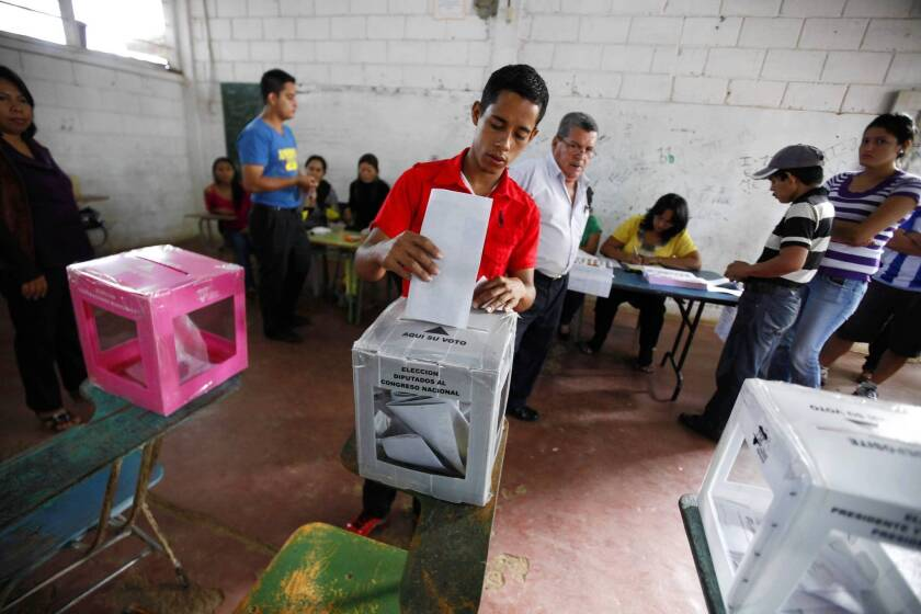 Early results show conservative ahead in Honduras