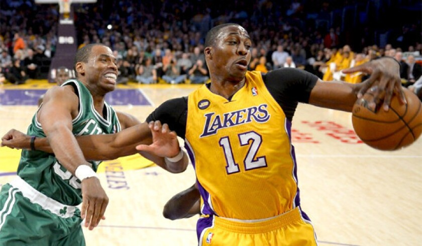 Dwight Howard's decision will require a leap of faith