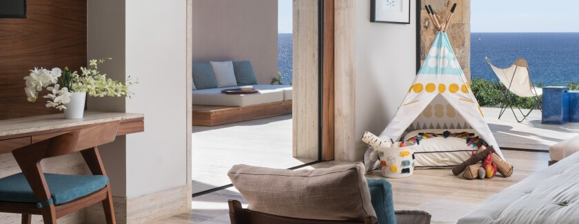 Luxury hotels in Los Cabos, Mexico