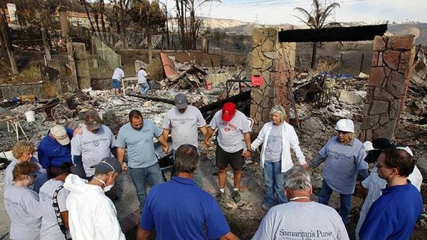 Foto de archivo. Según los últimos datos del Departamento de Salud Pública del Condado de Los Ángeles (LACDPH), correspondientes a 2014, el 62 % de los latinos, algo más de tres millones de personas, carece de un plan de contingencia o de un kit básico de supervivencia en caso de producirse una catástrofe.