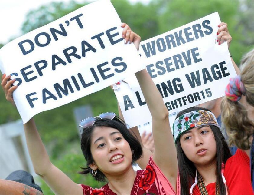 Miles de personas se manifiestan en contra de la separación de niños en la frontera. EFE/Archivo