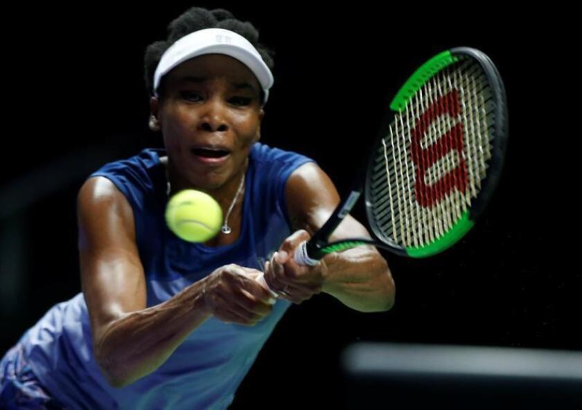 La Policía de Palm Beach Gardens exoneró de culpabilidad a la tenista Venus Williams en el accidente ocurrido en junio y en el que perdió la vida un pasajero del otro vehículo, cuya conductora también resultó exonerada de cargos, según un informe difundido hoy. EFE/EPA/ARCHIVO