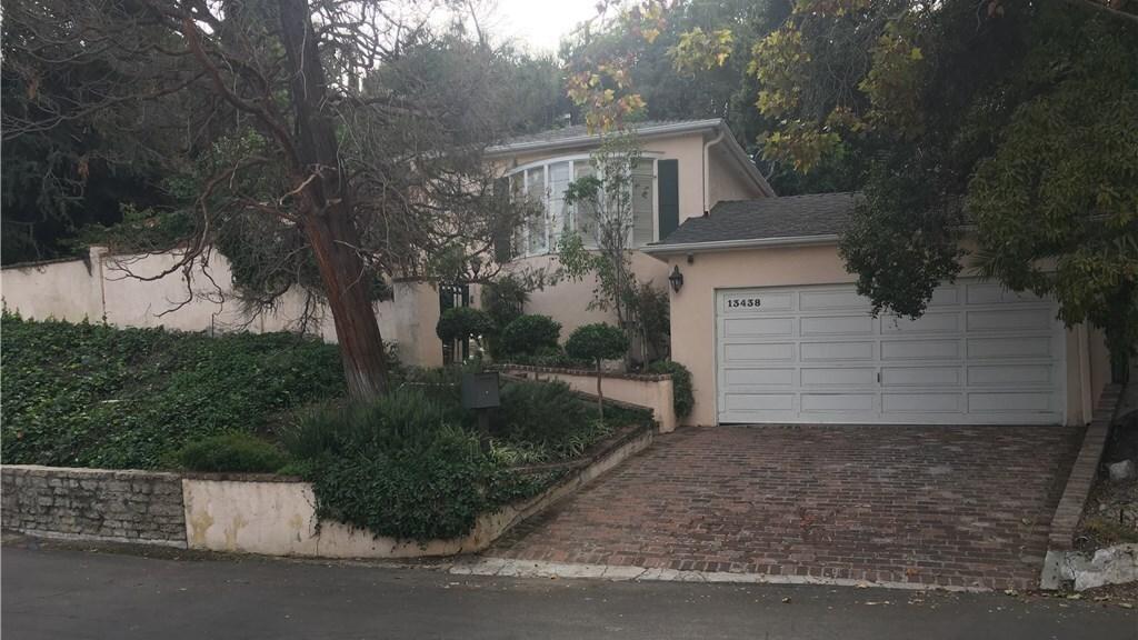 Jay Mohr & Nikki Cox | Hot Property