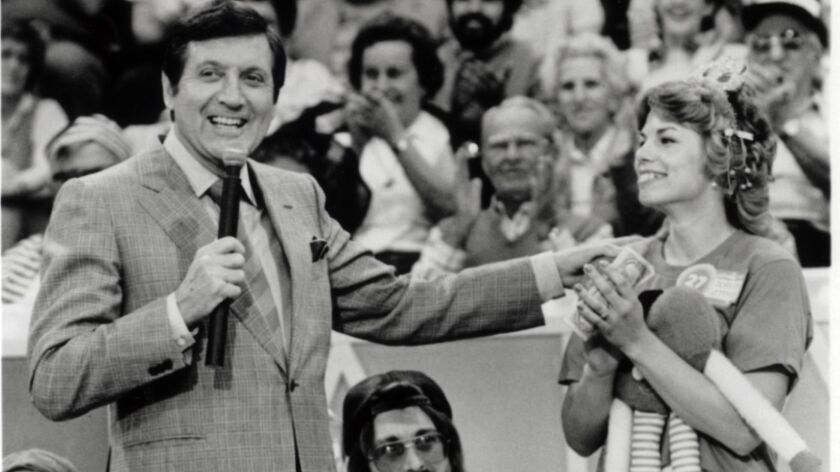 MONTY HALL hosts THE ALL NEW LET'S MAKE A DEAL. LA TIMES FILE PHOTO/ Jan. 24, 1990.