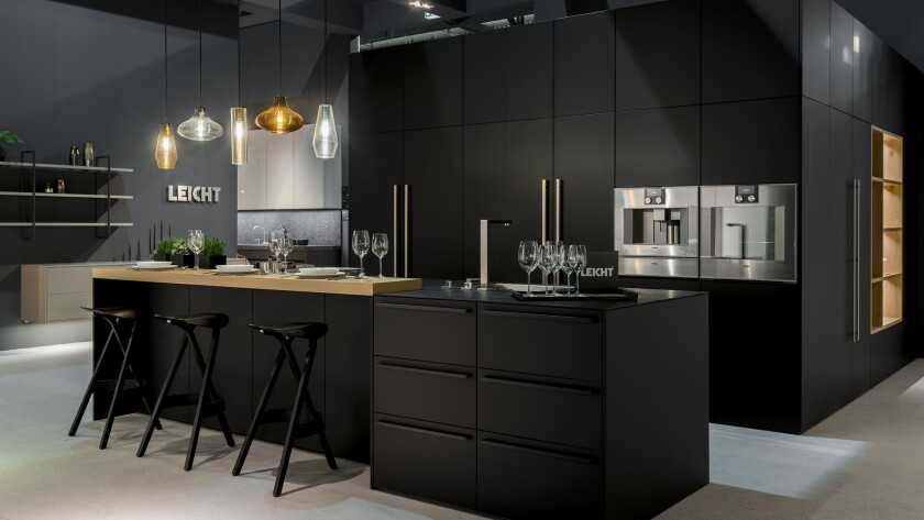 Leicht's Bondi finish is sophisticated but family friendly – and fingerprint resistant. Photo C