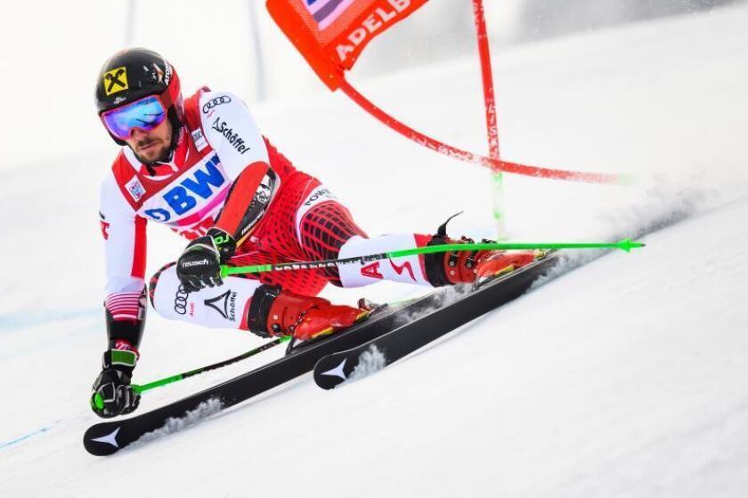 El austríaco Marcel Hirscher en acción en Adelboden, Suiza. EFE/EPA