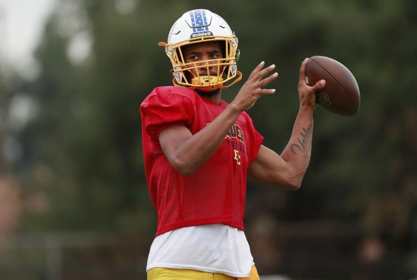 El Capitan quarterback Savigon Yokley