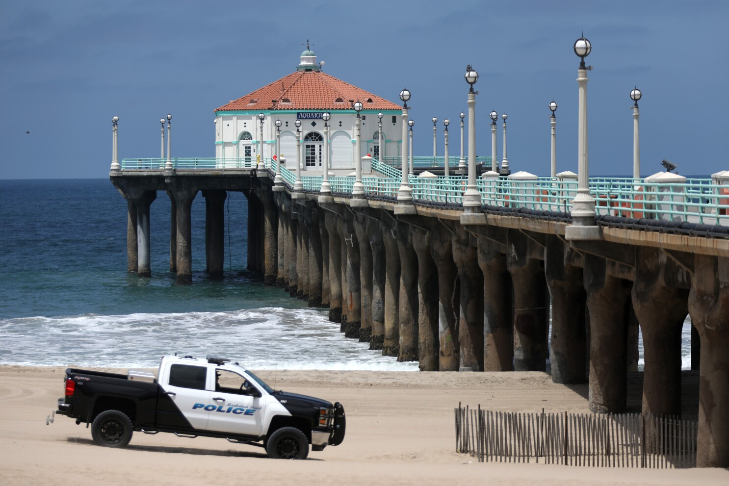 Coronavirus Manhattan Beach Will Fine Those Without Masks Los Angeles Times