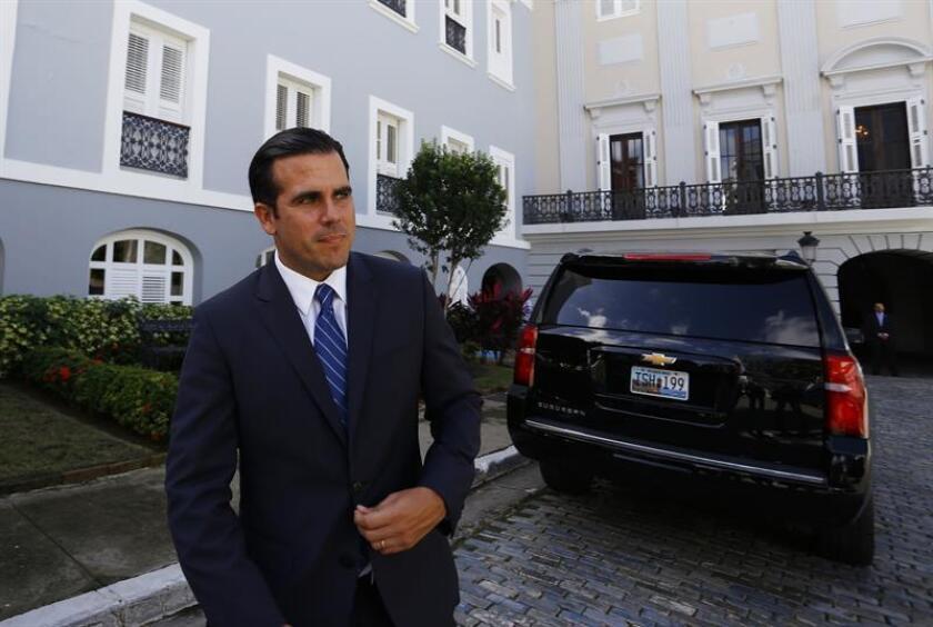 El gobernador de Puerto Rico, Ricardo Rosselló, firmó una orden ejecutiva que busca la eficiencia en la gestión gubernamental para lograr mayor transparencia en los asuntos públicos de su administración. EFE/ARCHIVO
