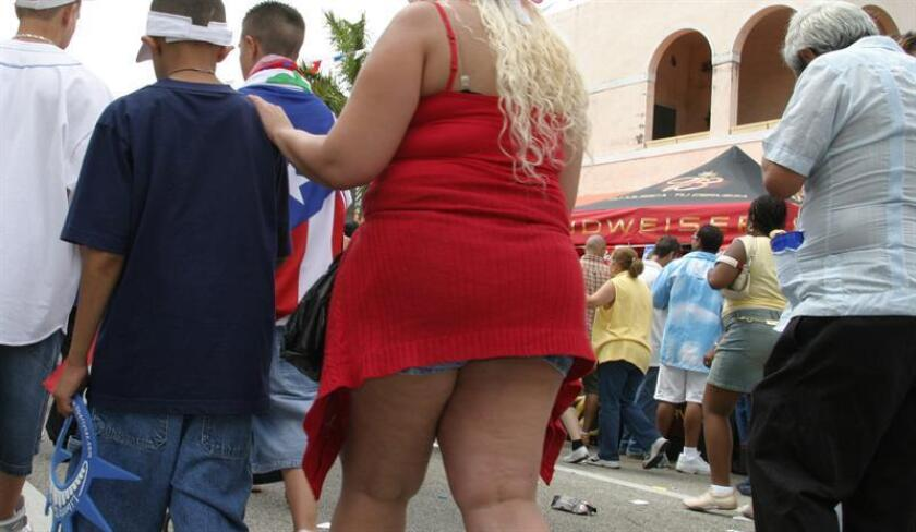 Las más recientes investigaciones médicas intentan dar con el tratamiento ideal para combatir la obesidad, que en Estados Unidos se ha convertido en una epidemia. EFE/Archivo