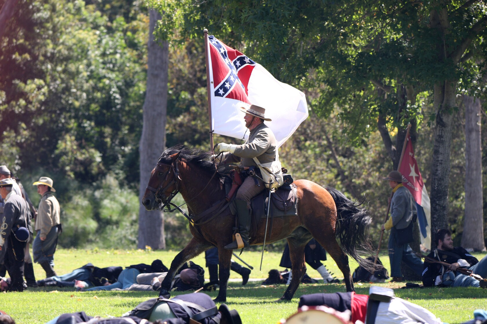 Civil War reenactors bring history to life in Huntington