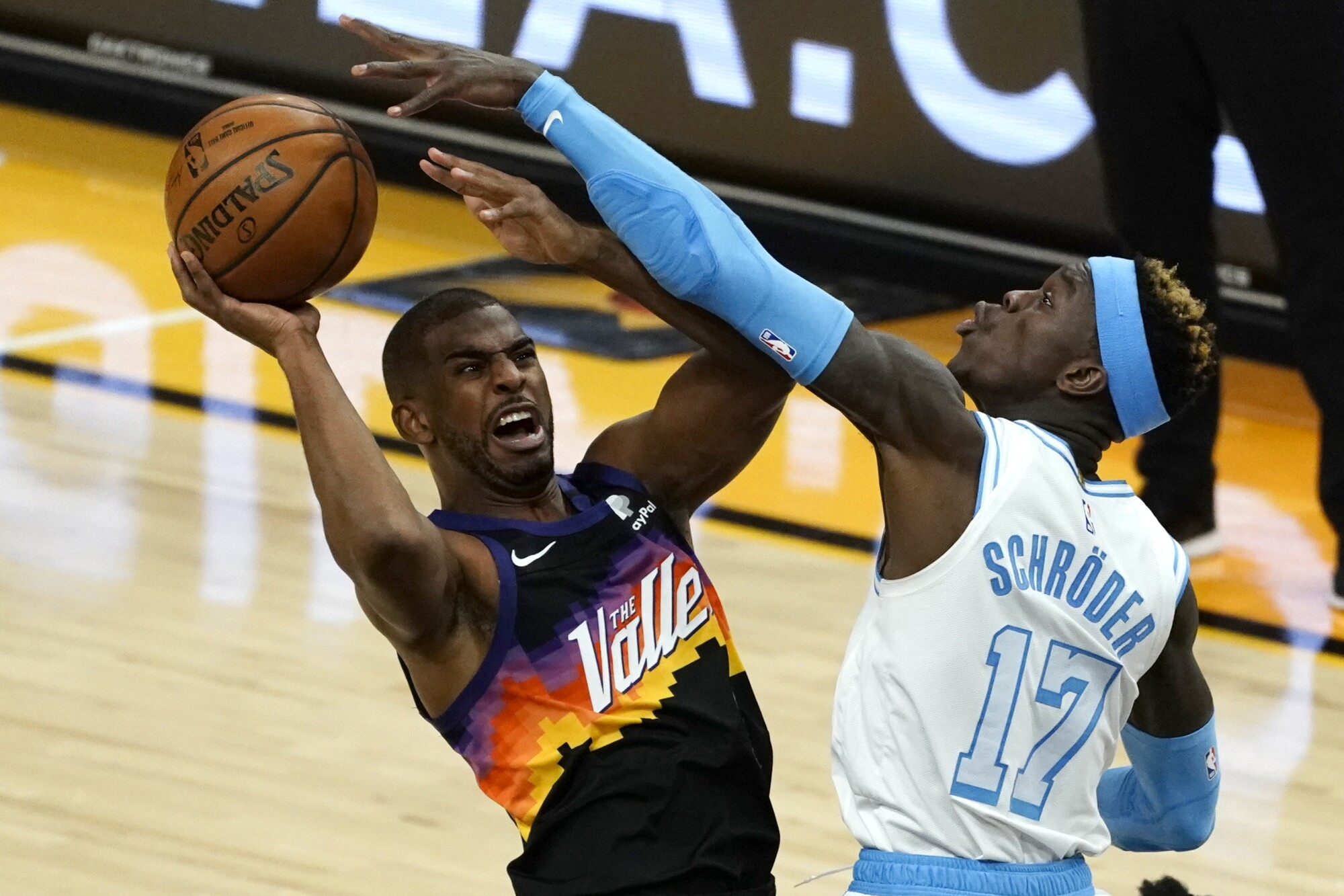 LeBron James faces Chris Paul in playoffs for first time - Los Angeles Times