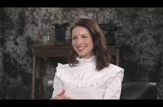 'Outlander' stars Sam Heughan and Caitriona Balfe benefit from having novelist Diana Gabaldon on set