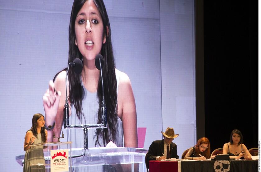 Valeria Hernández, estudiante de la maestría en Ciencias Políticas de la Universidad Michoacana de San Nicolás de Hidalgo, fue reconocida como la mejor oradora en la categoría Masters del Campeonato Mundial Universitario de Debate (WUDC, por sus siglas en inglés).
