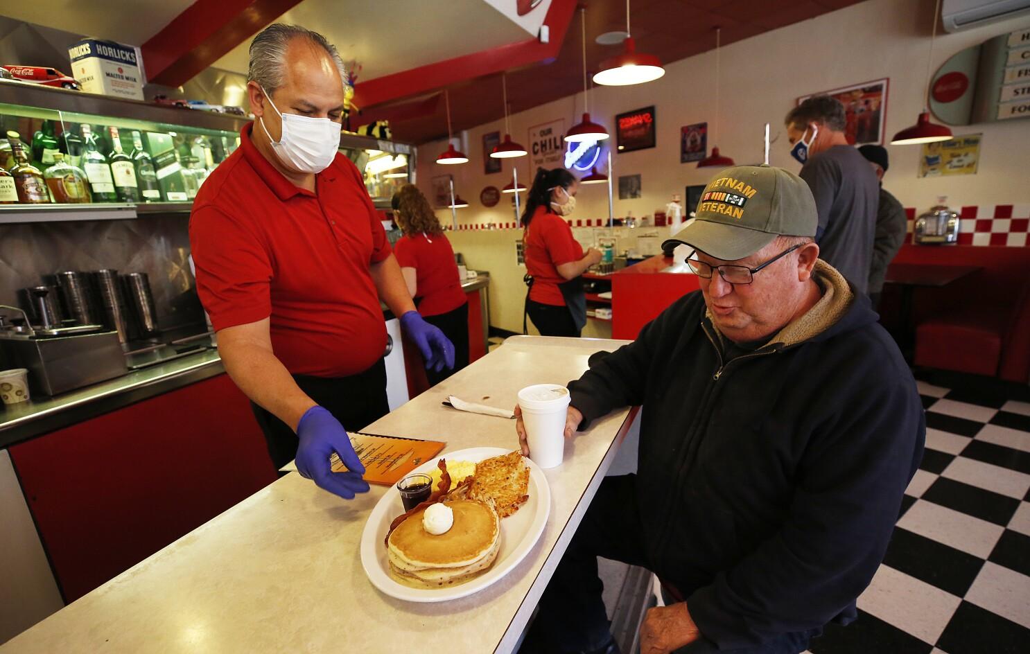 Restaurants Open On Christmas Day 2020 Ventura County Ventura County reopens dine in restaurants and in store shopping