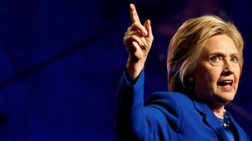La investigación de un nuevo lote de correos de Clinton se anunció pocos días antes de la elección estadounidense.