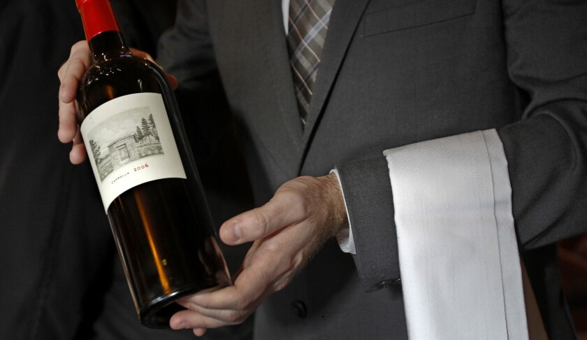 The new iPhone app WineGlass guides diners through the wine list, offering up ratings, advice and suggested price.