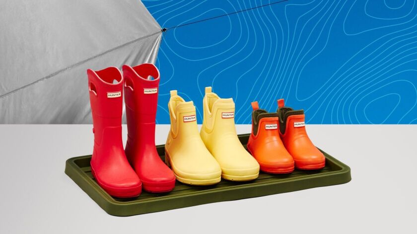 Hunter X Target boot tray and boots.