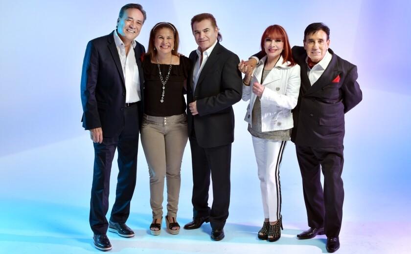 Crystal, Arianna, Yoshio, Gualberto Castro y Jesús Monárrez