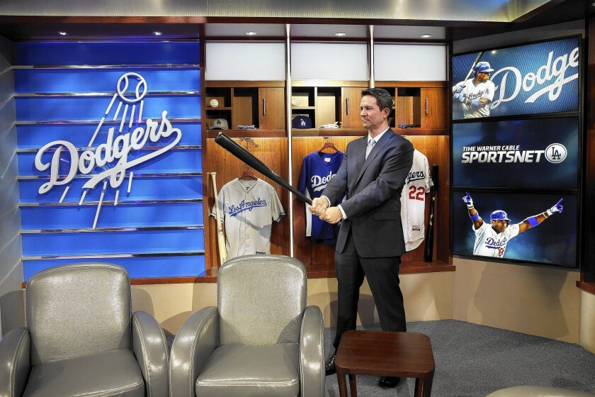 Lawmakers, FCC chairman urge arbitration over Dodgers channel