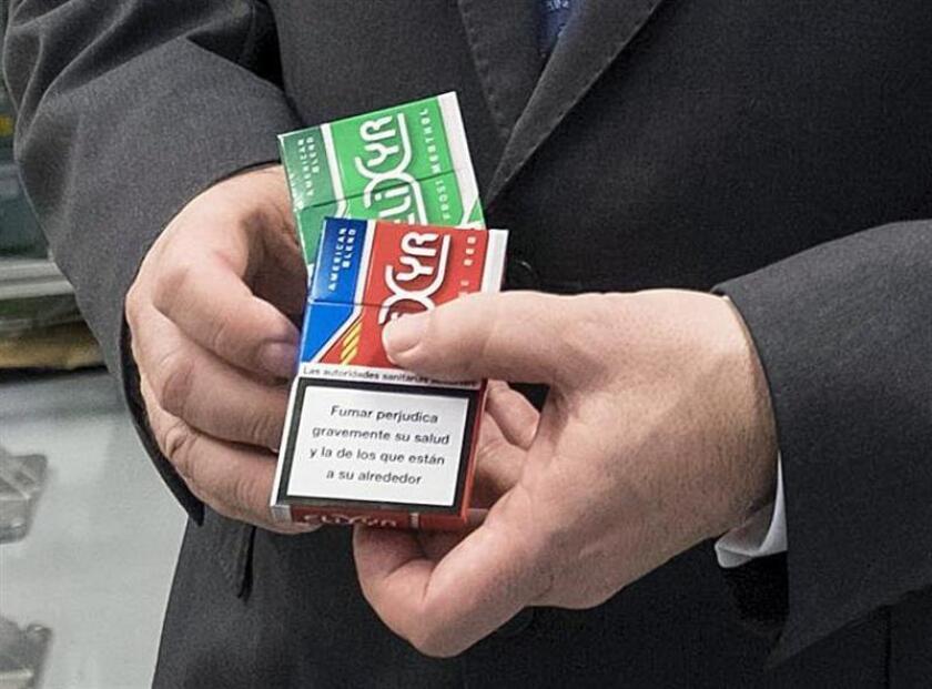 En concreto, la Administración para Alimentación y Fármacos (FDA, en inglés) quiere que se prohíba la comercialización de los cigarros de mentol y otros sabores. EFE/Archivo