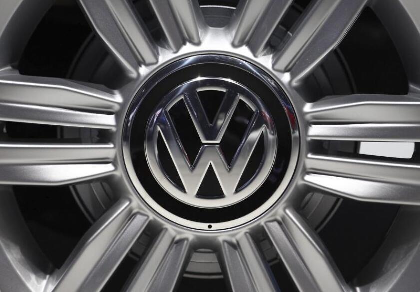 Detalle del logo de Volkswagen. EFE/Archivo