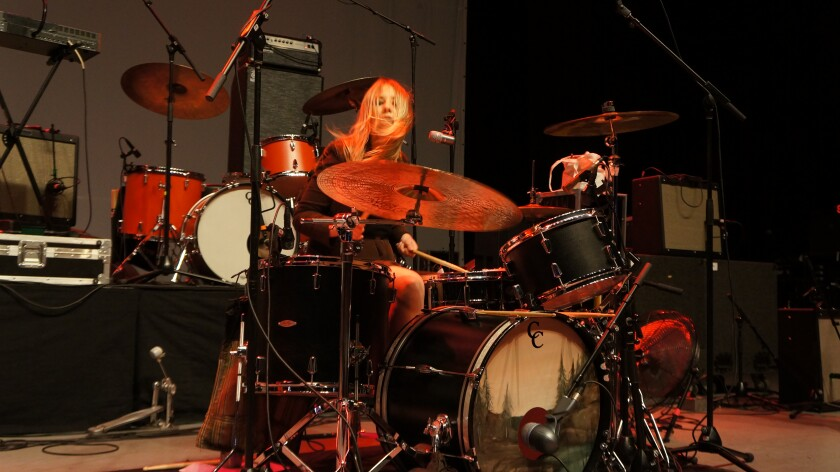 Stonefield es una banda conformada por cuatro hermanas.