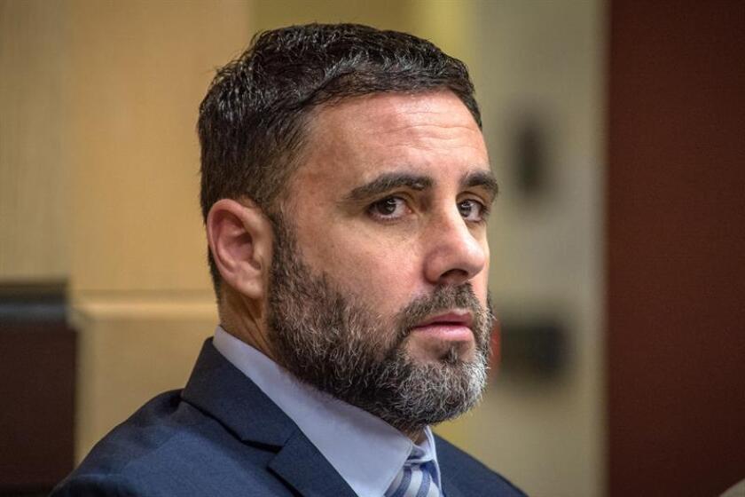 """El ciudadano español-estadounidense Pablo Ibar asiste a una audiencia en el Tribunal Estatal de Florida, en Fort Lauderdale (EEUU). Pablo Ibar, acusado de un triple asesinato cometido en Florida (EE.UU.) en 1994, fue declarado """"culpable"""" de los seis cargos que pesaban en su contra. EFE/Archivo"""