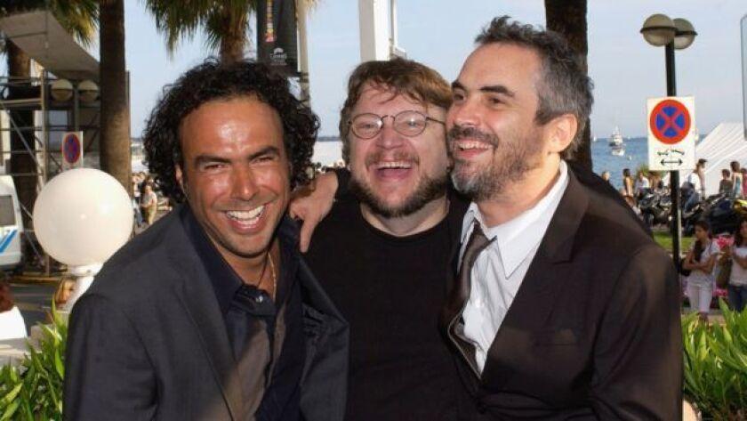 Los compadres a los que se refería son Alfonso Cuarón y Alejandro González Iñárritu,también directores y productores cinematográficos. Y también mexicanos.