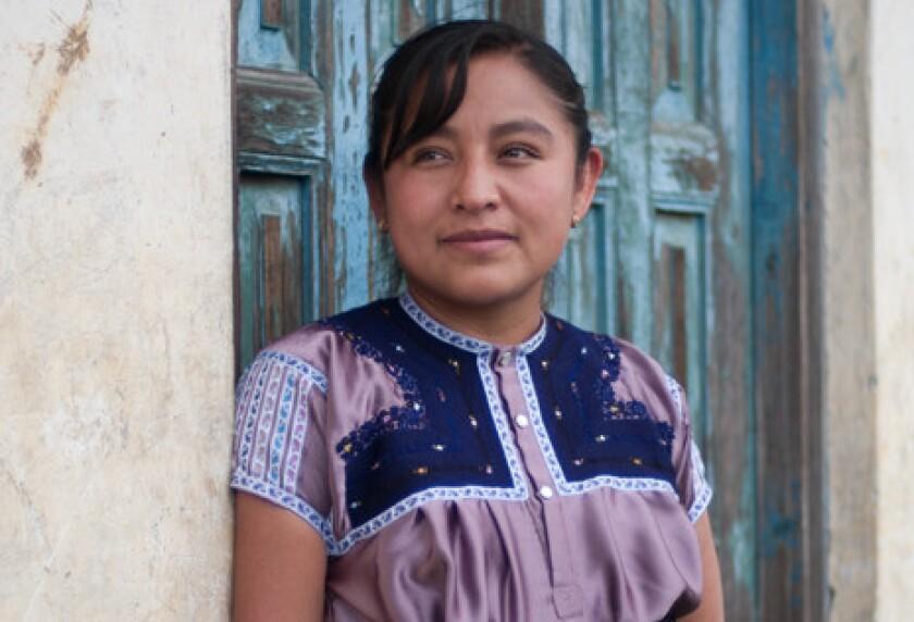 Enriqueta Lunez, una poeta reconicida, forma parte de los invitados.