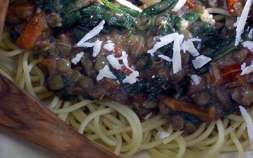 Massimo's Spaghetti With Spinach and Lentils