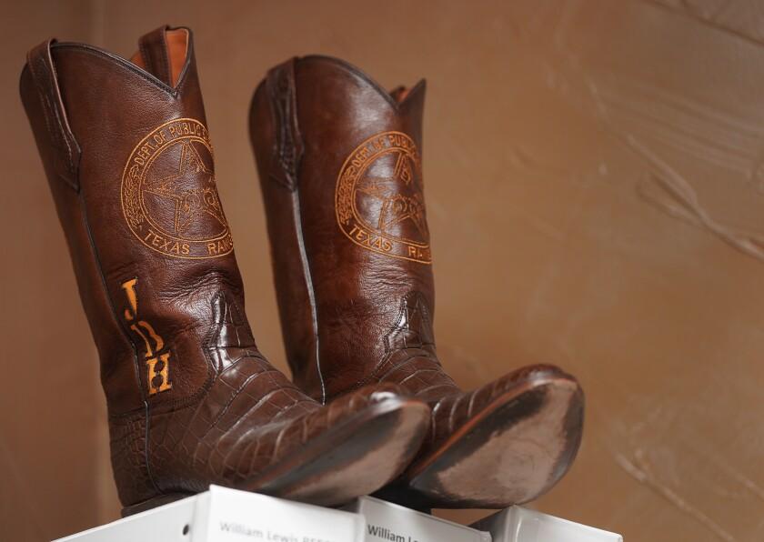 Texas Rangers boots