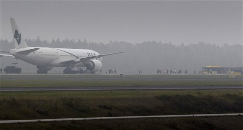 Pakistan Jet Evacuated In Sweden After Bomb Threat The San Diego Union Tribune