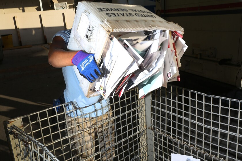 Advocates want U.S. Postal Service to offer banking