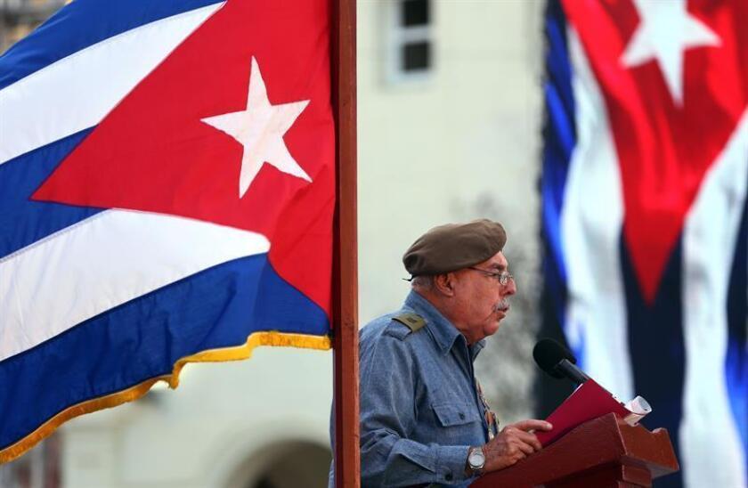 El combatiente retirado Jorge Ortega Delgado, veterano de los combates de Bahía de Cochinos, pronuncia un discurso el lunes 16 de abril de 2018, en un acto para conmemorar el 57 aniversario de la proclamación del carácter socialista de la revolución cubana por el fallecido líder Fidel Castro, en La Habana (Cuba). EFE/Archivo