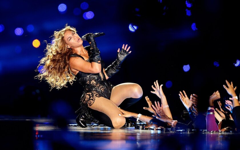 NEW ORLEANS, LA - FEBRUARY 03: Singer Beyonce performs during the Pepsi Super Bowl XLVII Halftime Show at the Mercedes-Benz Superdome on February 3, 2013 in New Orleans, Louisiana. (Photo by Ezra Shaw/Getty Images) ** TCN OUT **