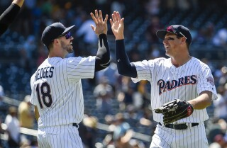 Hunter Renfroe homers as Padres sweep Reds