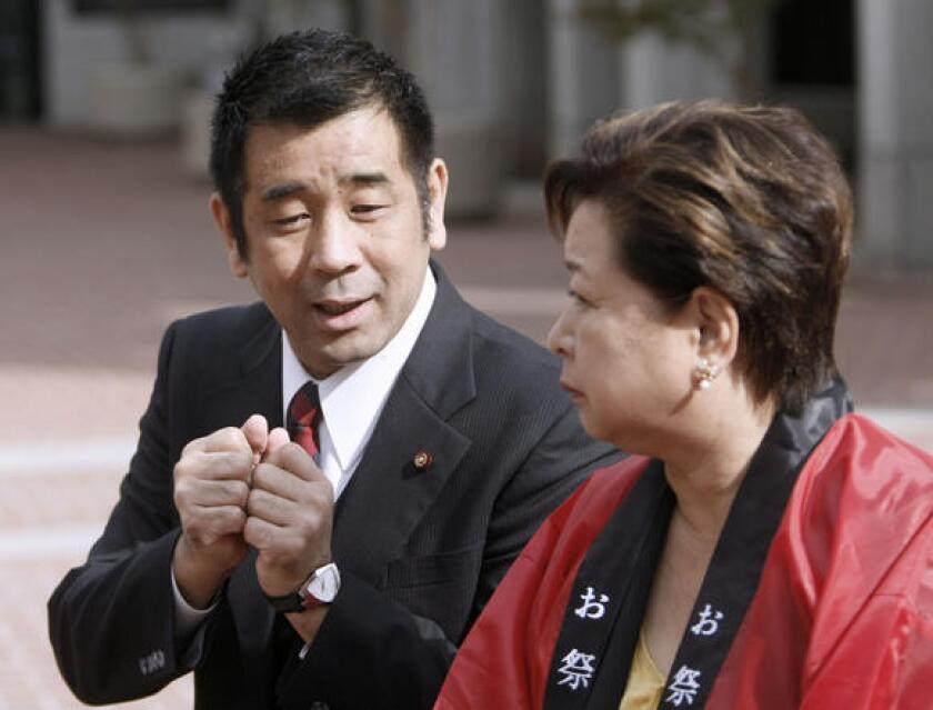 City Councilman Joji Tarumoto, left, of Higashiosaka, Japan, visited Glendale.