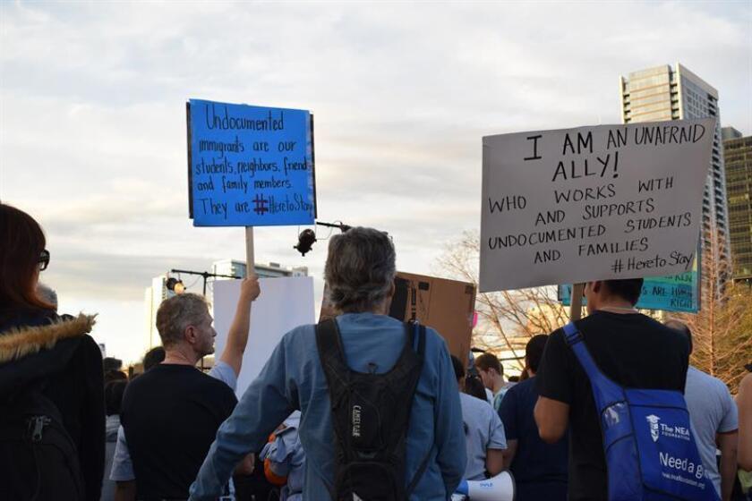 """La mayoría de los habitantes de Texas está a favor de la prohibición de las """"ciudades santuario"""" en el estado sureño, según una encuesta efectuada por la Universidad de Texas (UT) y el diario local The Texas Tribune. EFE/ARCHIVO"""