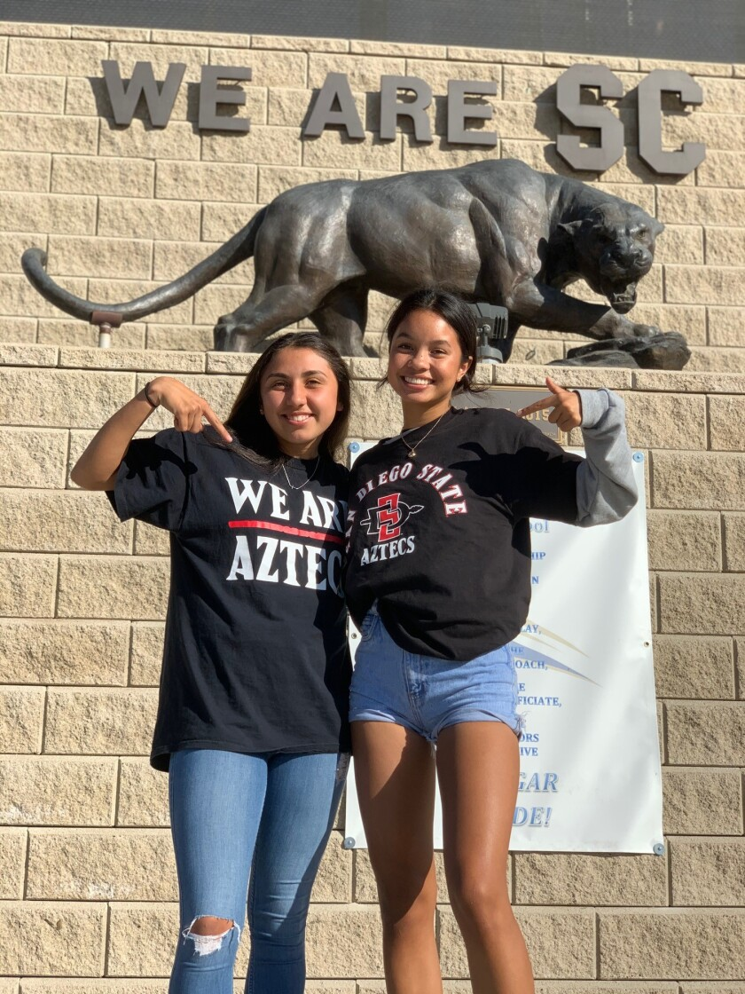 Steele Canyon's Angelina Espinal (left) and Otay Ranch's Emma Gaines Ramos at Steele Canyon High last week.