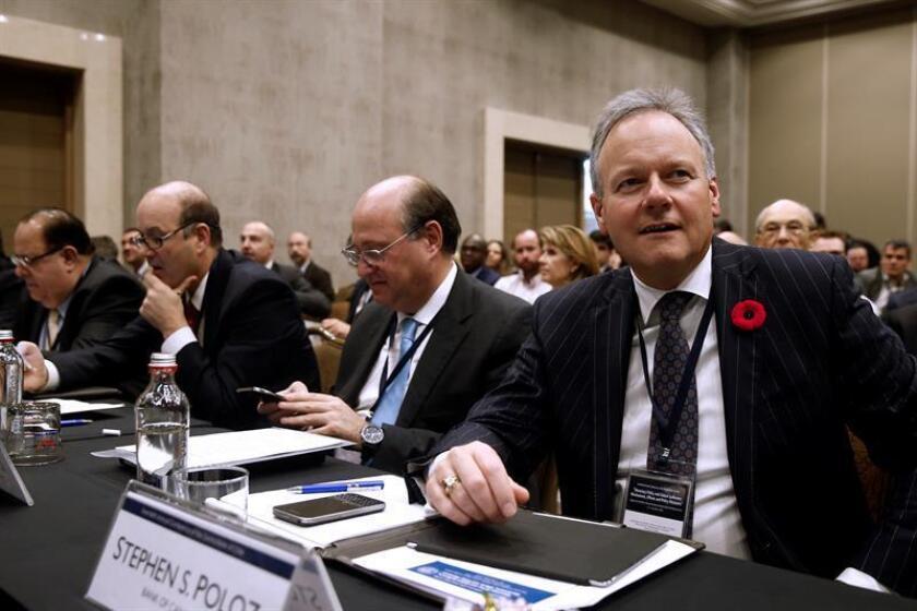 """La autoridad monetaria """"cree que los tipos de interés más elevados serán necesarios para mantener la inflación en el objetivo"""", explicó el gobernador del Banco de Canadá, Stephen Poloz, en una rueda de prensa. EFE/Archivo"""