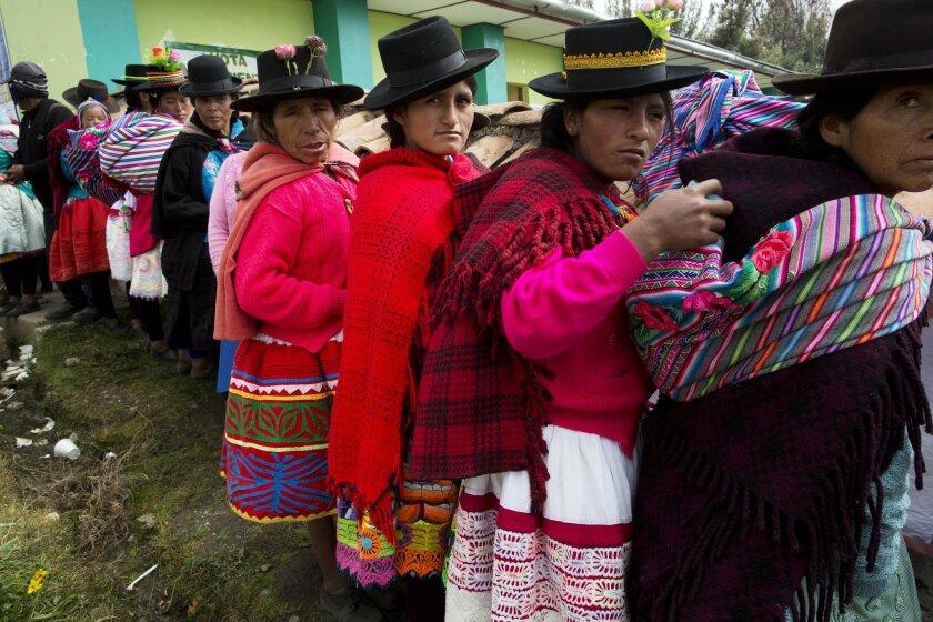 Voting in Peru