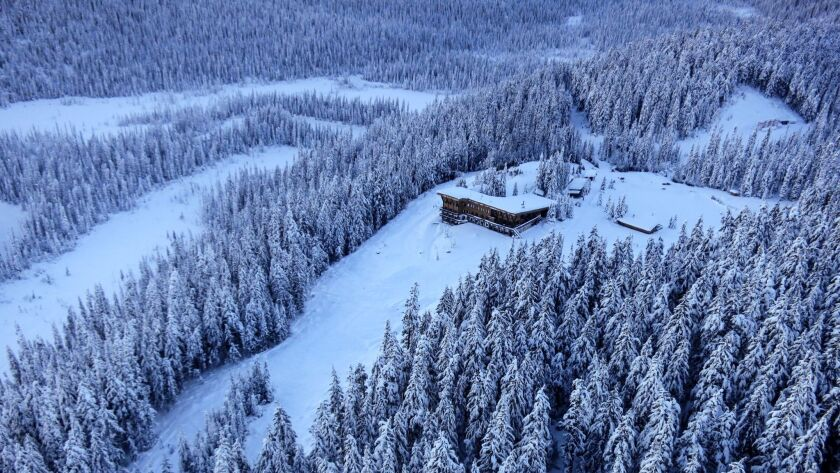 Cariboos Lodge is perched amid forested wilderness in BC'€™s Cariboo Mountains.