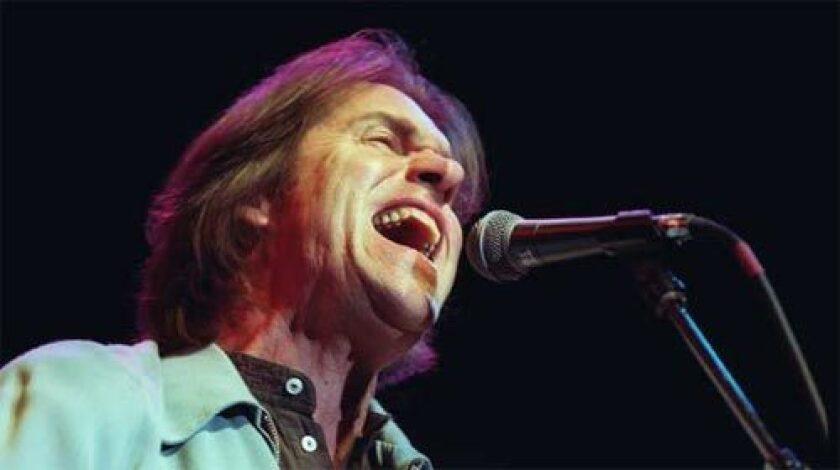 Dan Fogelberg performs in Santa Monica in 1998.