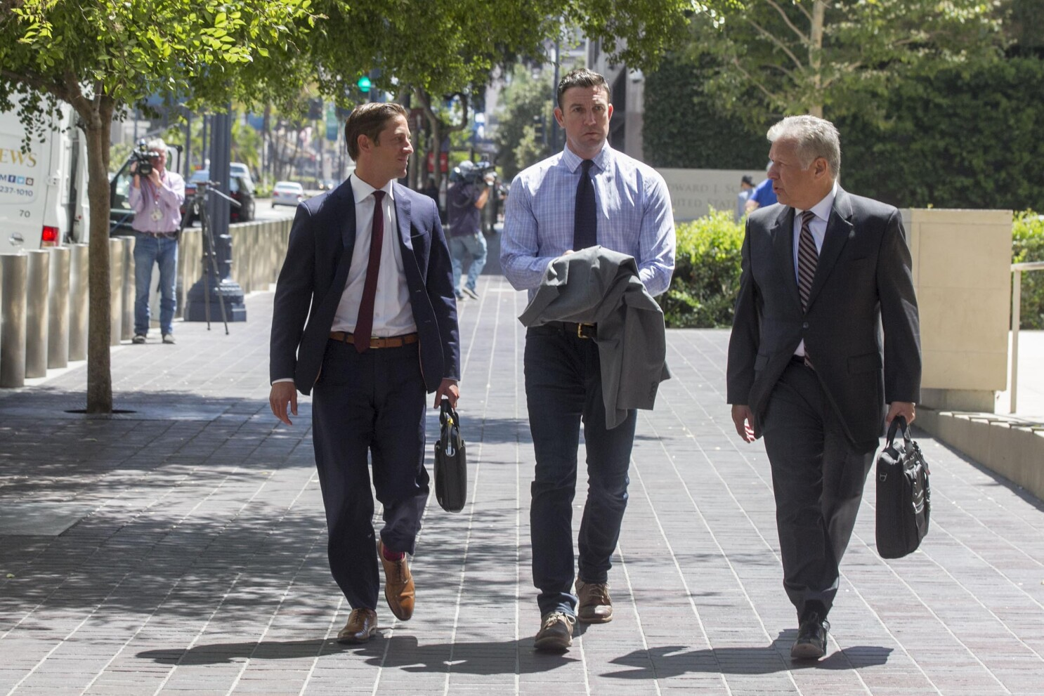 Rep. Duncan Hunter to shrink his criminal defense team ahead of trial in January